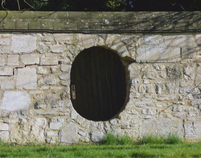 hobbit-door-Sue Vincent