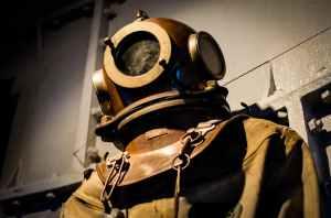 vintage-historical-old-diver.jpg